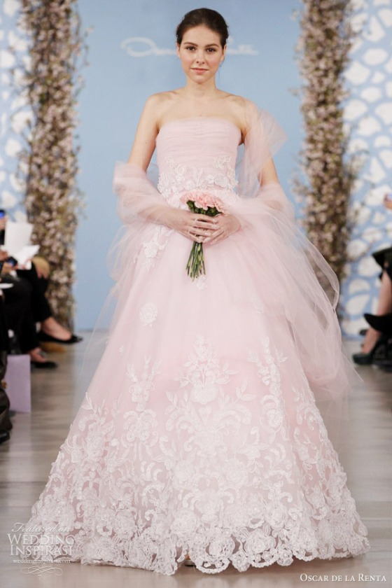 Oscar de la renta wedding 2014 jenny in fashion for Oscar de la renta lace wedding dress